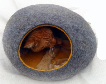 Cat bed/cat cave/cat house/Gray with yellow  felted cat cave/ any colors .