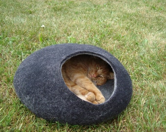 Cat bed/cat cave/cat house/ stylish felted cat cave/ any colors