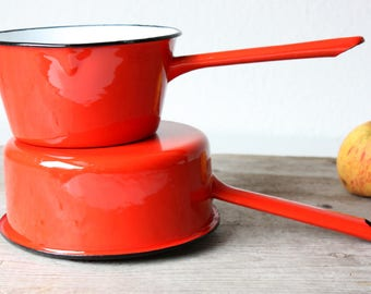 2 casserole Vintage enamel, dishes cook pots, red enamel cookware Retro, milk pans 60s 70s Germany Mid Century, gift foodie