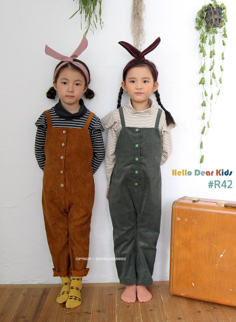 R42 / Sewing pattern / PDF sewing pattern /Strap pants with image 0