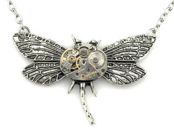 Clockworks Insect Pendant - Steampunk Dragonfly Pendant - mechanical clockwork dragonfly necklace -  Steampunk fantasy - Steampunk Gift Idea