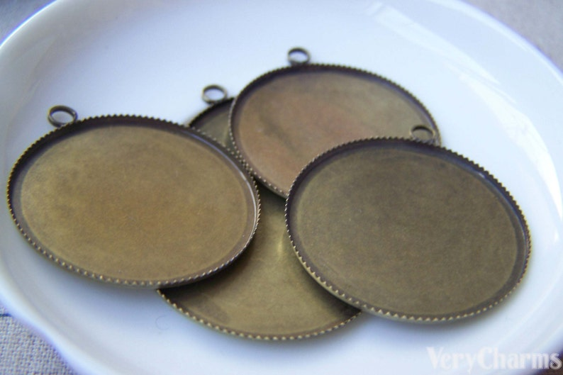 10 pcs of Antique Bronze Round Sawtooth Cameo Base Settings Match 30mm Cabochon  A3209