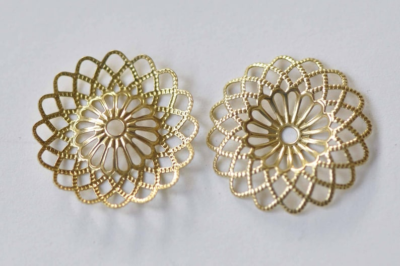 20 pcs Raw Brass Round Sunflower Floral Stampings Embellishments 22mm A8862