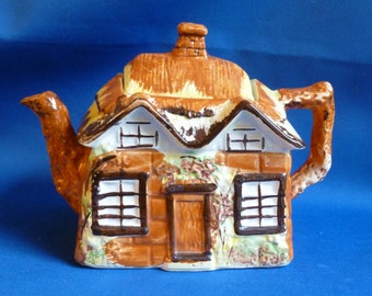 Vintage Price Bros. Ye Olde Cottage Teapot, Cottage Ware, Pre 1963