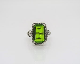 Vintage Sterling Silver .925 Peridot Filigree Ring Signed ETC5296