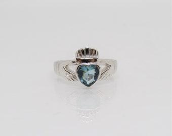 Vintage Claddagh Sterling Silver Aquamarine /& White Topaz Ring Size 7