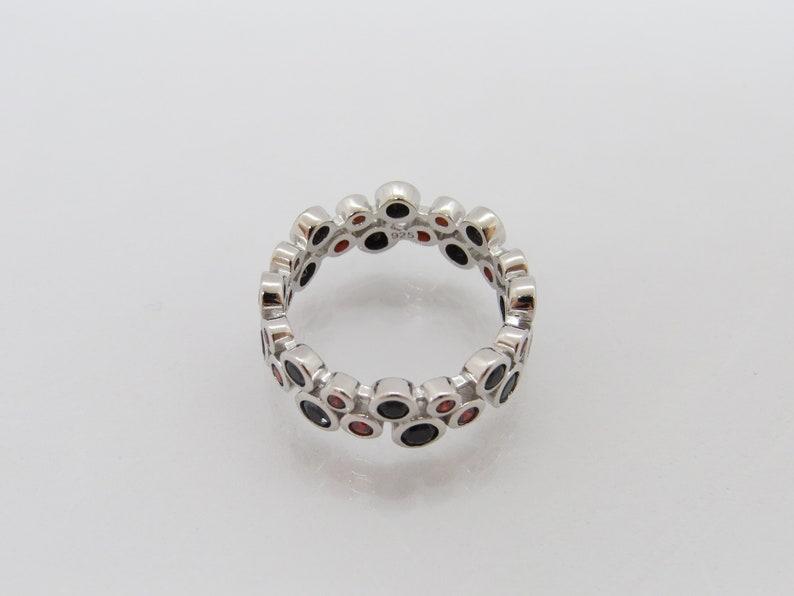 Vintage Sterling Silver Black Onyx /& Garnet Wedding Band Ring Size 7