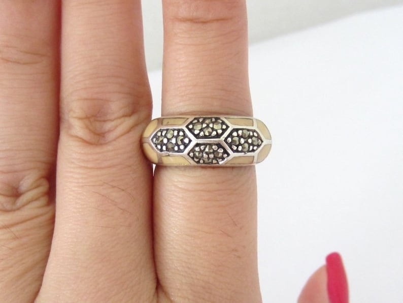Vintage Sterling Silver Marcasite Inlay MOP Dome Ring Size 6.25