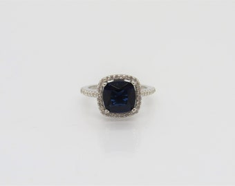 Vintage Sterling Silver Blue Sapphire & White Topaz Ring Size 5
