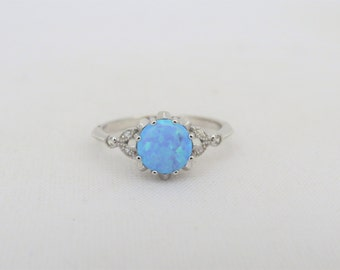 Vintage Sterling Silver Blue Opal & White Topaz Ring Size 7