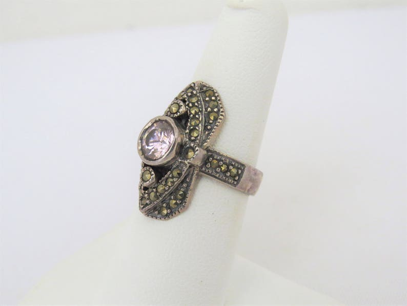 Vintage Sterling Silver Pink Topaz /& Marcasite Dome Ring Size 7
