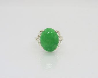 Vintage Sterling Silver Oval Green Jade Lotus Ring Size 8