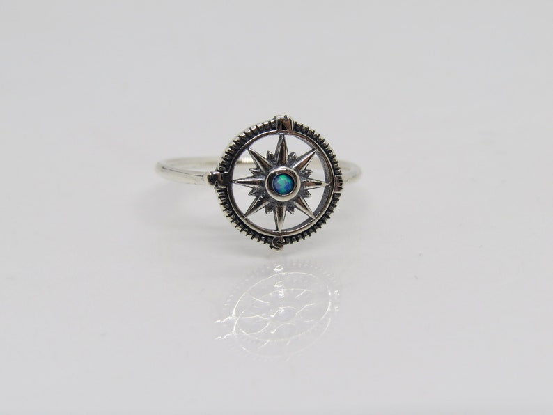Vintage Sterling Silver Blue Opal Compass Ring Size 8