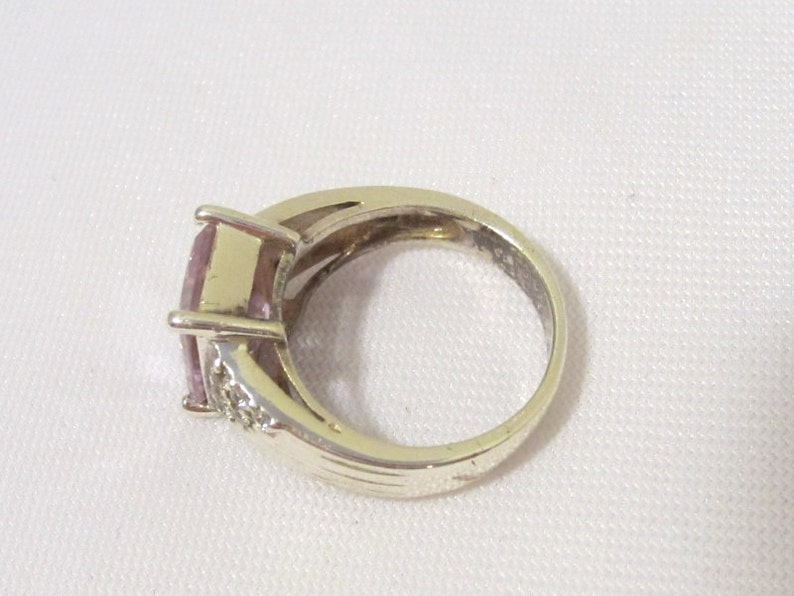 Vintage Sterling Silver Light Purple Amethyst /& CZ Ladies Ring Size 6