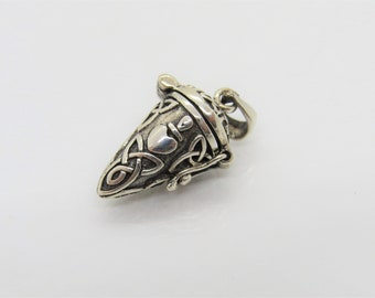 Vintage Celtic Sterling Silver Hinged With Triquetras Pendant