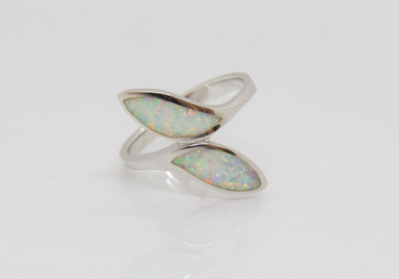 Vintage Sterling Silver Blue Opal /& White Topaz Bypass Ring Size 8
