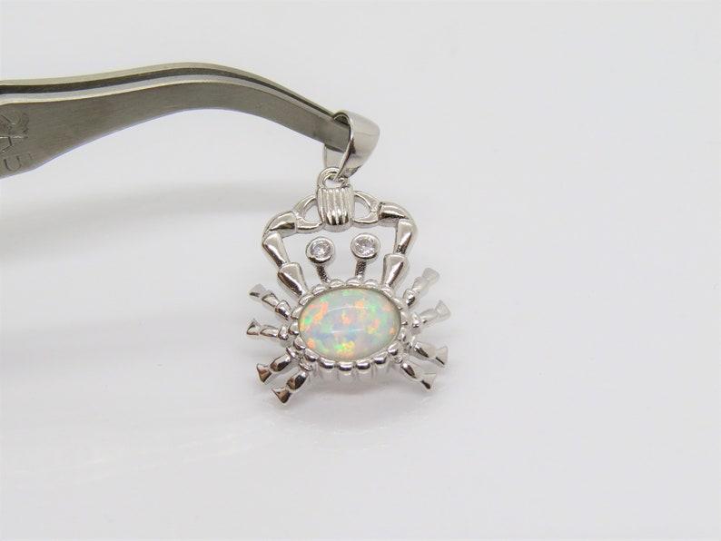 Vintage Sterling Silver White Opal /& White Topaz Crab Pendant