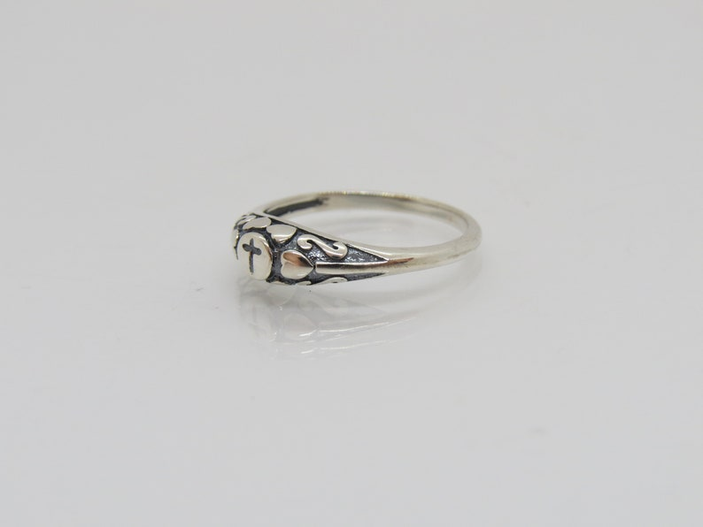 Vintage Sterling Silver Heart Cross Ring Size 7
