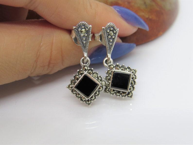 Vintage Sterling Silver Square Cut Black Onyx /& Marcasite Drop Earrings