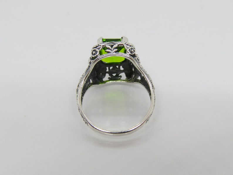 Vintage Sterling Silver Peridot Filigree Ring Size 8