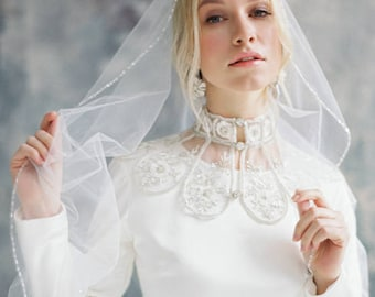 Wedding collar//white wedding collar//handmade collar//lace collar//collar with high quality crystals//Ladies collar//white collar  MR.7631