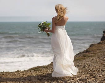 8ab15ec4cc465 Ligeia / Romantic wedding dress Bohemian wedding dress boho beach wedding  dress for a pregnant bride Pregnant bride dress Maternity dress