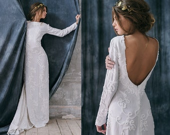 Razia / Bohemian Rustic wedding dress linen Alternative long sleeves bridal gown boho wedding dress Low back with sleeves silhouette dress