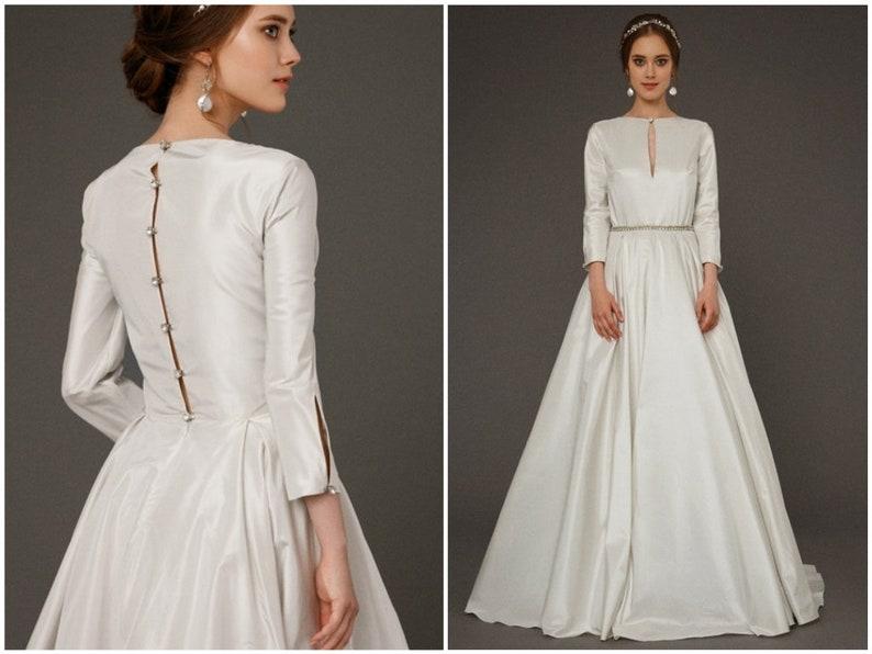 7be328cdaf6 EKDERA   modest simple wedding dress with long sleeves bridal