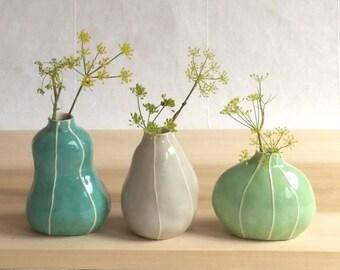 Bud vase set. Colorful pottery. 3 organic shapes. Cottage chic decor Modern ceramic vases. Sea green palette. Hostess, housewarming gift.