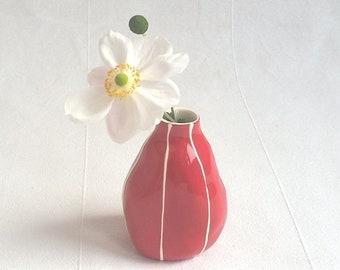 Ceramic bud vase. Hostess or housewarming gift
