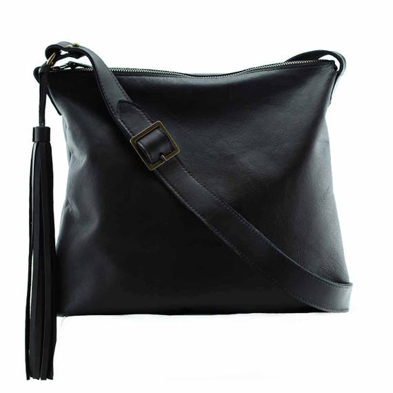 4dadbe1e55c7 Black bag purse crossbody leather bag   Soho  black leather