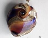 Iridized swirls! Beautiful glass necklace made Jenefer Ham