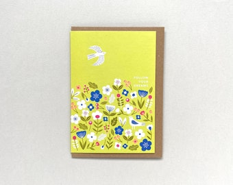 Lime green ditsy flowers card
