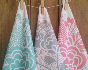 Tea towel, damask floral pattern by MaggieMagoo Designs