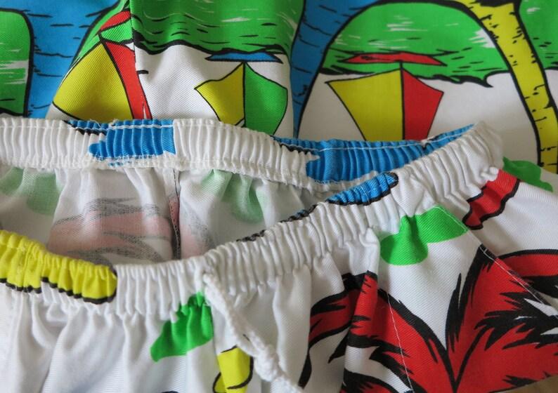Vintage Hawaiian Style Swim Trunks Men/'s Board Shorts Surfer Shorts Beach Shorts Singapore Print Shorts Palm Print Shorts Small Size