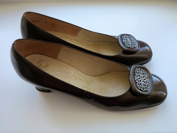 Vintage 60s Shoes Brown Classic Pumps Square Toe W