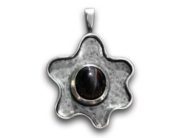 Sterling silver flower pendant unique jewelry gift for her statement pendant with star diopside natural gemstone handmade silver jewelry