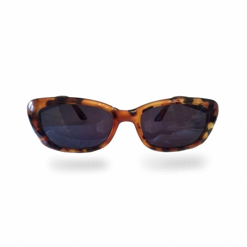 75485905c73c2 SALE Gucci Vintage Sunglasses / Cat Eye 90s Sunglasses / Tortoise Shell /  Gucci Sunglasses Womens / Oval Sunglasses / Tortoise Sunglasses