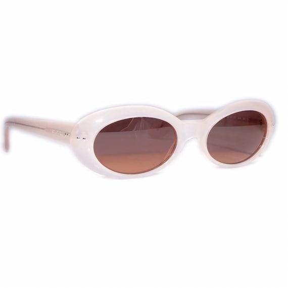 281ea531ff603 SALE Gucci 2413 Vintage Sunglasses White / Cat Eye 90s Sunglasses Designer  / Gucci Womens Sunglasses / Oval Sunglasses / Round Sunglasses