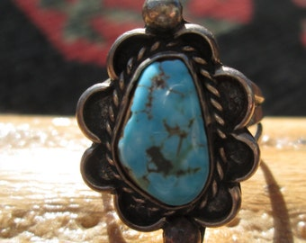 Vintage Turquoise Nugget and Sterling Silver Ring Size 7.25