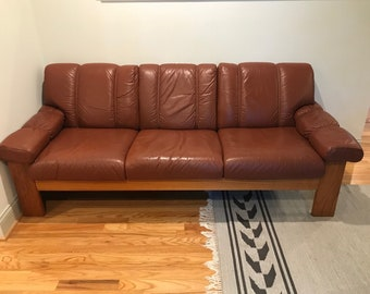 Vintage Ekornes Couch Sofa Cognac Leather And Teak   Mid Century Modern  Midcentury MCM Scandinavian Stressless