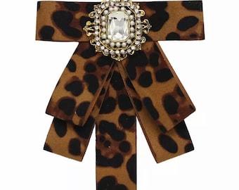 Women's fashion Bow Tie brooch