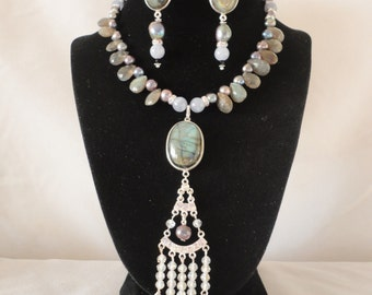 Gorgeous Faceted Labradorite Pearls Aquamarine Necklace Set*******.