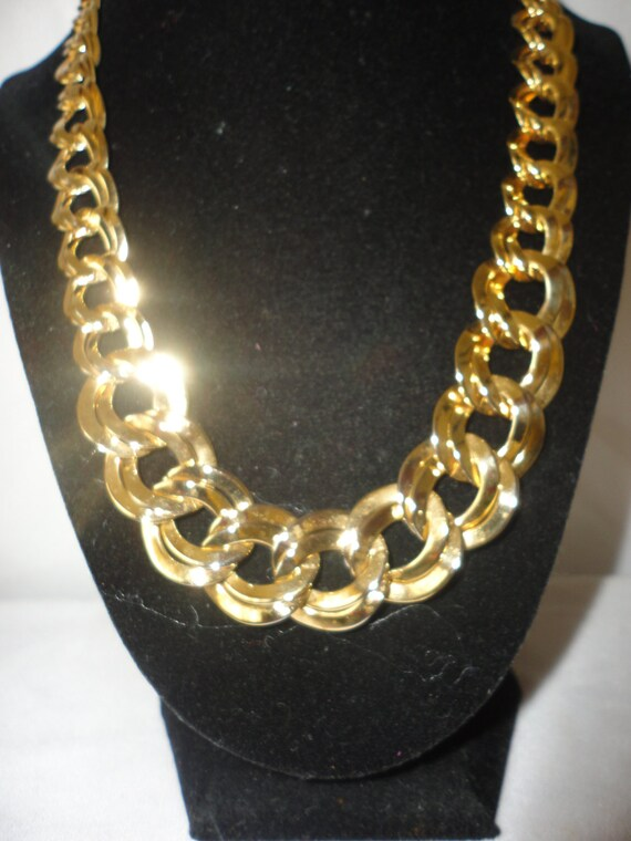 Vintage Goldtone Figaro Chain Necklace*****.
