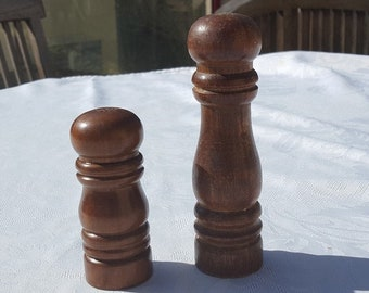 d21fb1676ff9 French vintage wooden pepper and salt shakers