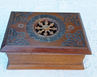 French vintage  wooden hand carved  box, jewelery box, rustic wooden box, moucharabieh box, oriental box