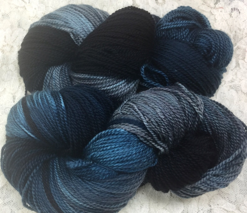 Hand dyed merino yarn 458 yds fingering wt knitting scarf shawl Great adirondack yarn