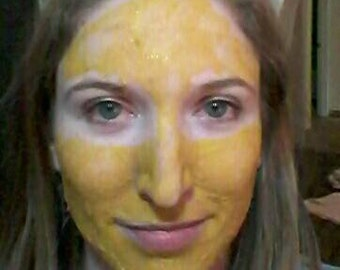 Turmeric Bentonite Clay Face Mask