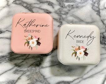 Personalized bridesmaid jewelry box, bridesmaid travel jewelry box, pretty personalized jewelry box, name jewelry box, bridesmaid gift