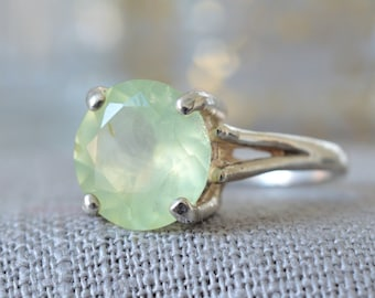 Natural Oval Cut Prehnite Ring in 925 Sterling Silver *Free Worldwide Shipping*